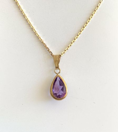 Pear Shaped Purple Amethyst Yellow Gold Necklace J35-9130-16